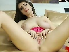 Amateur Cam Girl Masturbate On Webcam