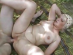 granny anal 2