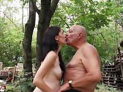 old chap gains outdoor dick sucking